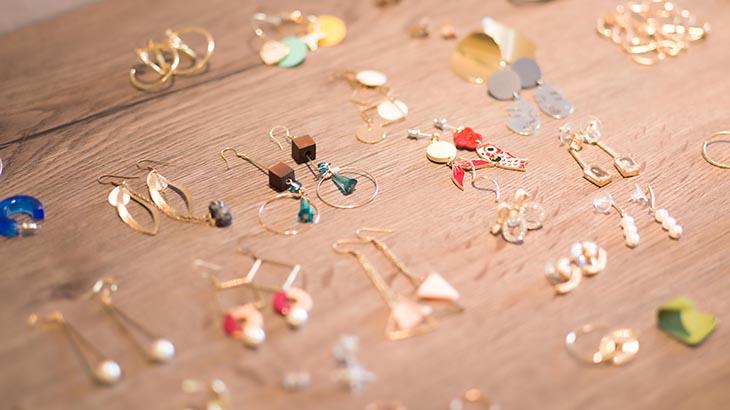 Trending Paper Jewellery Designs