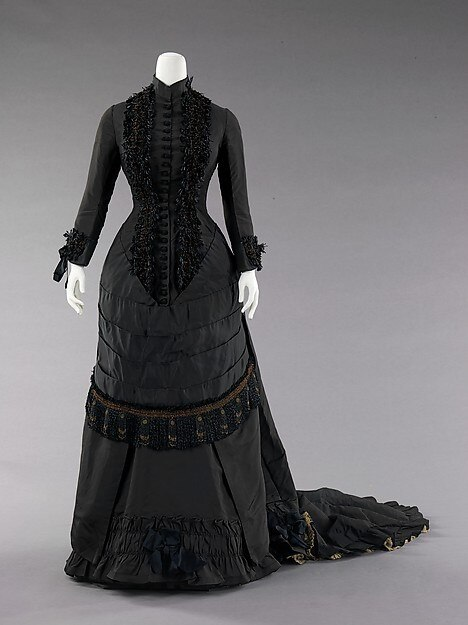 bustle gown