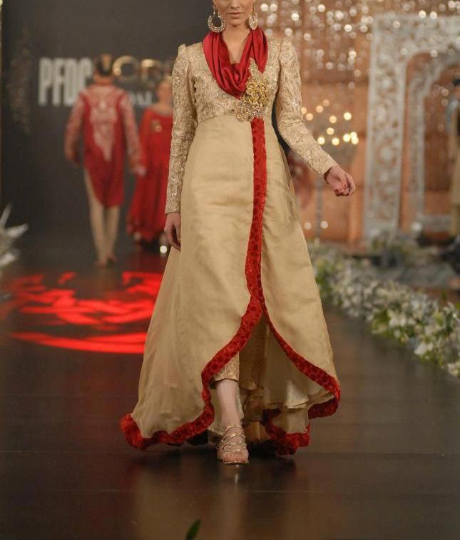 desi woman fashion show
