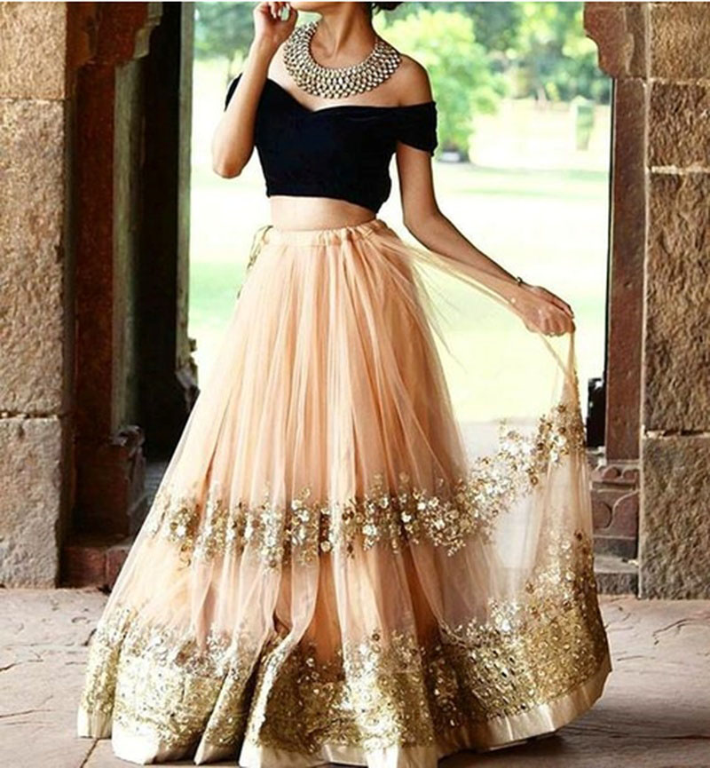 Hunar Online traditional desi outfit