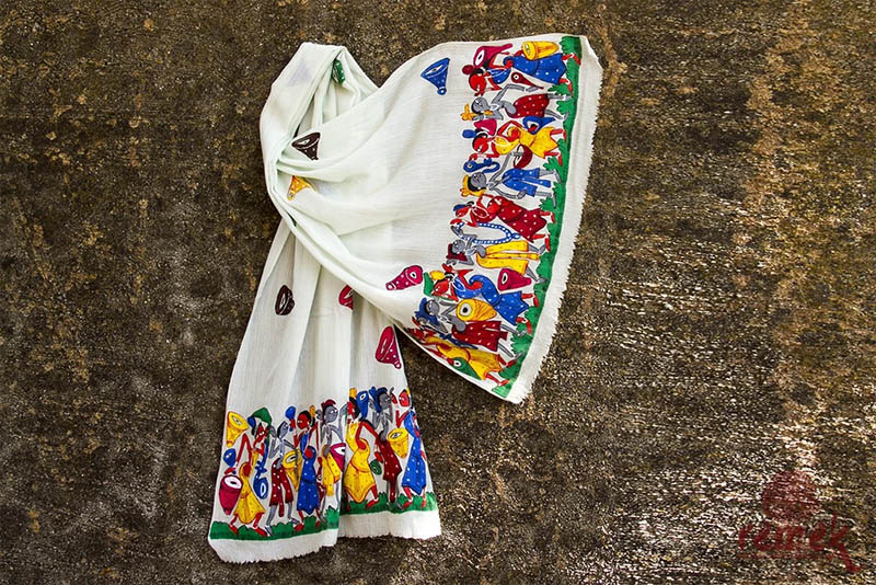 Hunar Online tribal hand painting clothes