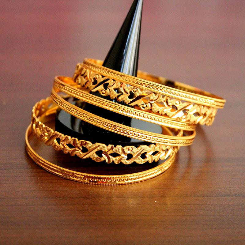 Hunar Online jewellery design gold bagles