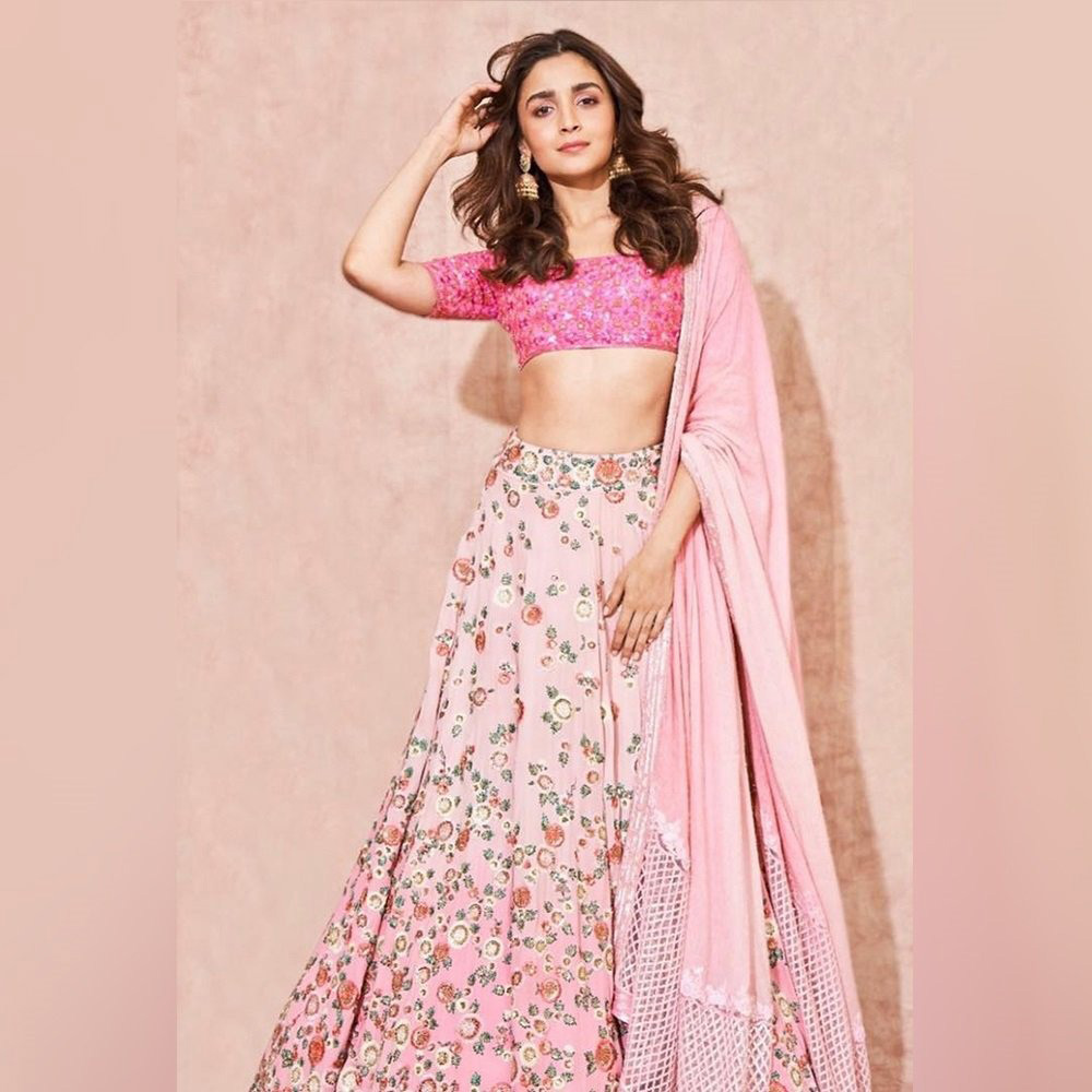 alia bhatt in pink lehenga