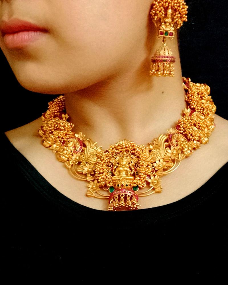 Hunar Online jewellery design gold necklace
