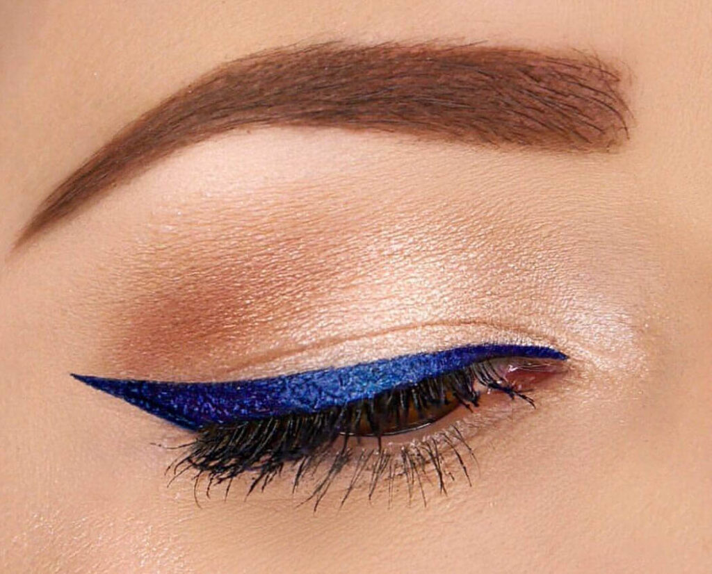 Blue Winged Liner Look