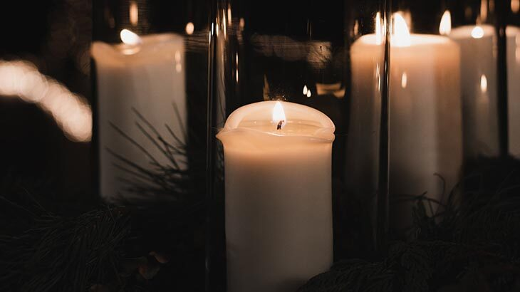 Home Interior Décor Ideas Using Candles