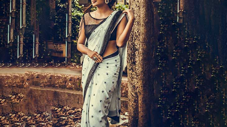 Latest Fashion Trends of Saree Blouse
